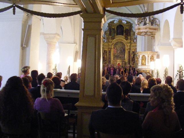 动人的教堂婚礼