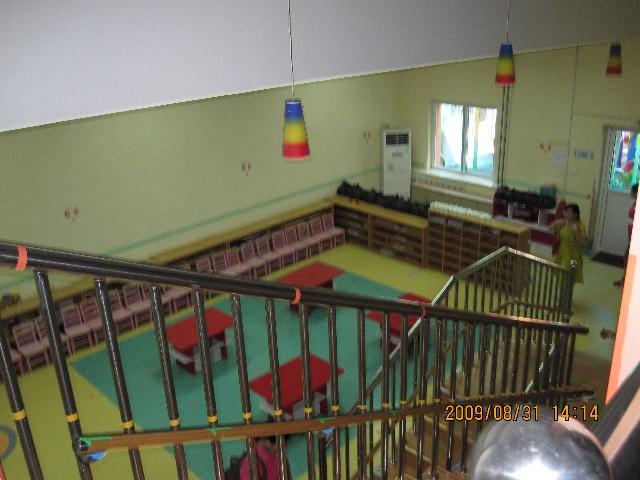 幼儿园光碟门口装饰图片
