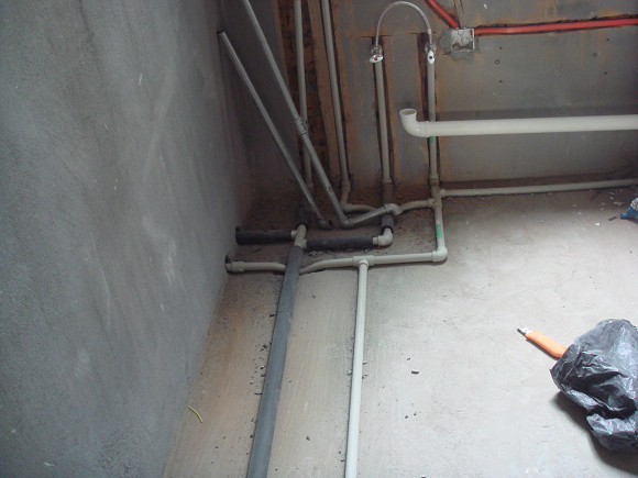 不知道正确不正确 水电路施工后怎么进行立即验收  1,水路验收:水改
